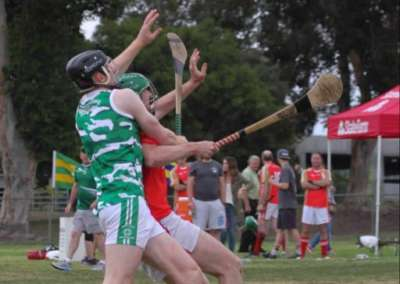 Hurlers competing to catch the sliotar